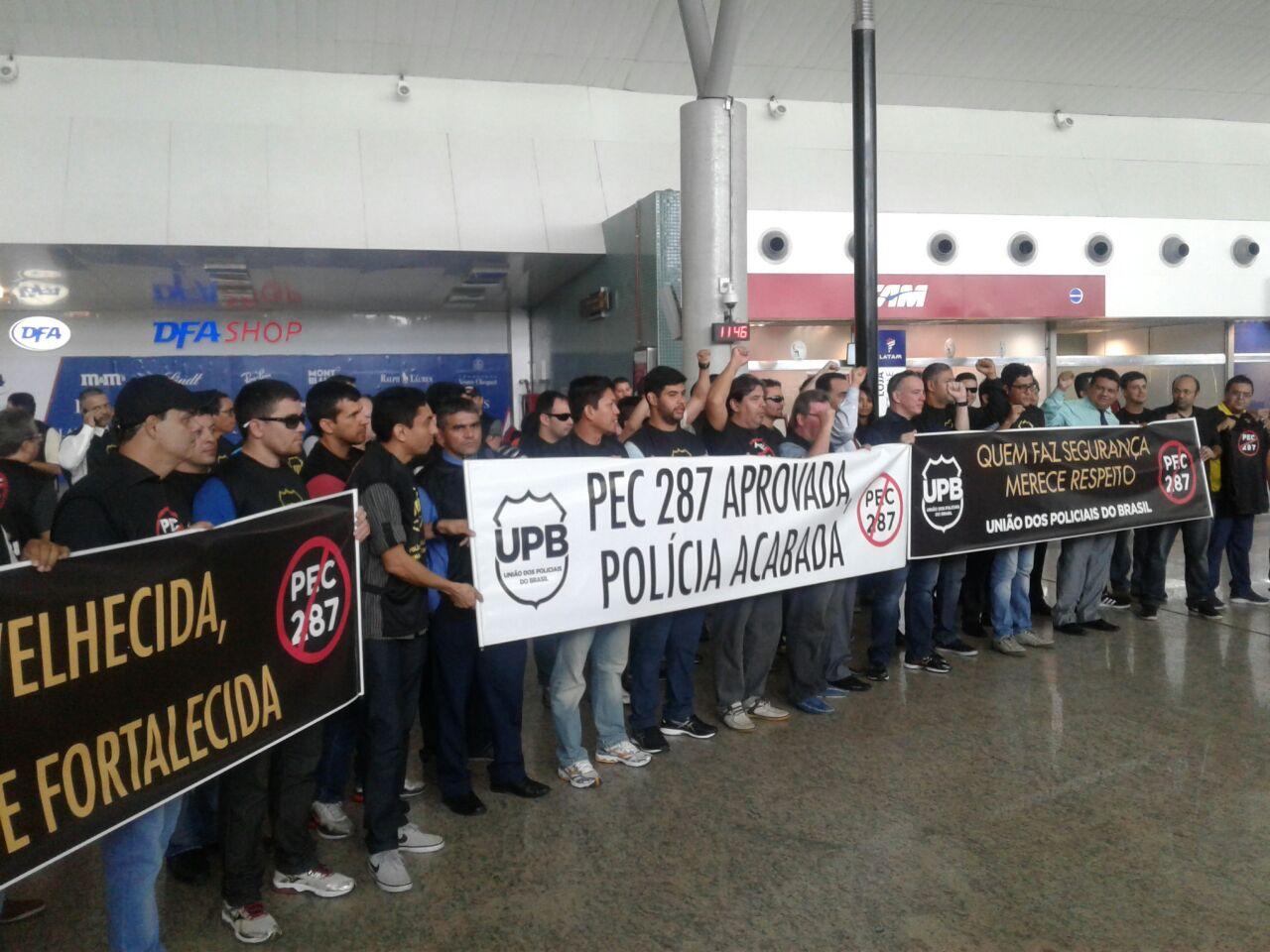 Adepol/AM participa de ato contra reforma da previdência