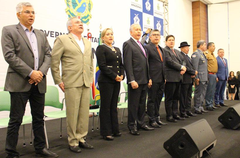 Adepol-AM participa de homenagem aos servidores da Polícia Civil em alusão ao Dia do Policial Civil
