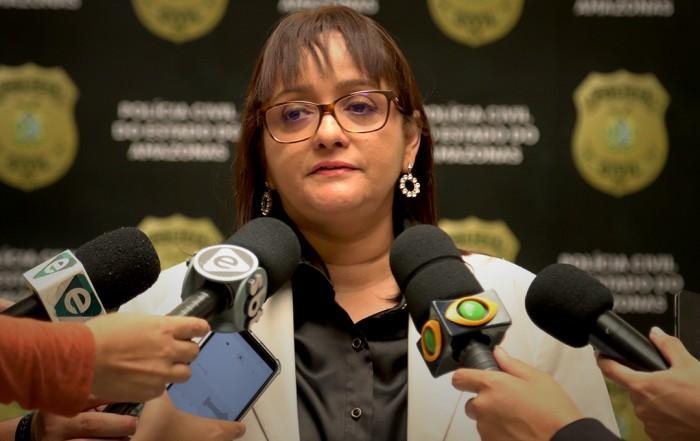 """A delegada Sylvia Laureana,cumpriu mandados de prisão porhomicídios e ocultação de cadáver, por procurado Bruno Magalhães, conhecido como """"Mano B""""."""