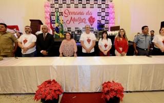 """A Delegacia Especializada em Crimes contra a Mulher (DECCM),realizou, a abertura da 7ª Semana da Mulher, com o tema """"Seja o seu grande amor""""."""
