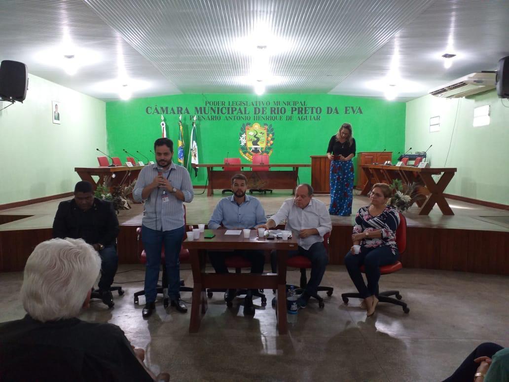 A Ouvidoria Geral do Sistema de Segurança Pública do Amazonas (SSP/AM) esteve no município de Rio Preto da Eva, a 79 km de Manaus, nesta quarta-feira (17), para reunião com órgão públicos, lideranças comunitárias e e representante do sindicato dos Produtores Rurais.