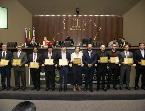 Homenagem aos delegados; lembrança ao líder Carlos Eduardo Benito Jorge
