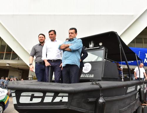 Governo do Amazonas entrega R$ 3,5 milhões em equipamentos para segurança